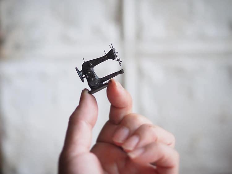 借物少女的夢幻房子!日本袖珍屋藝術家Kiyomi巧手打造指尖上的「迷你微型世界」_(11).jpg