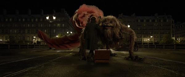 《怪獸2》紐特安撫「騶吾」這場戲原來是這樣拍的 去除特效真實場景小雀斑超尷尬!_(9).jpg