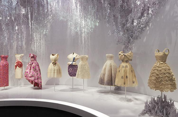 最昂貴Dior展降臨倫敦!VA《Christian_Dior:夢之設計師》帶你一窺迪奧先生_的英國夢_8.jpg