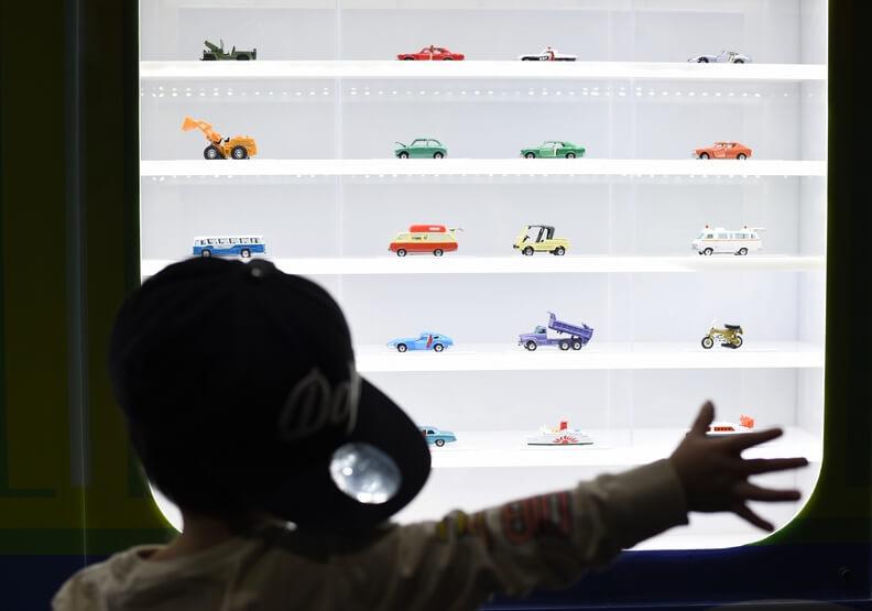 全球最火紅的小汽車品牌!TOMICA為什麼如此受歡迎?_50週年至今,販售超過6億7000萬台!(1).jpg