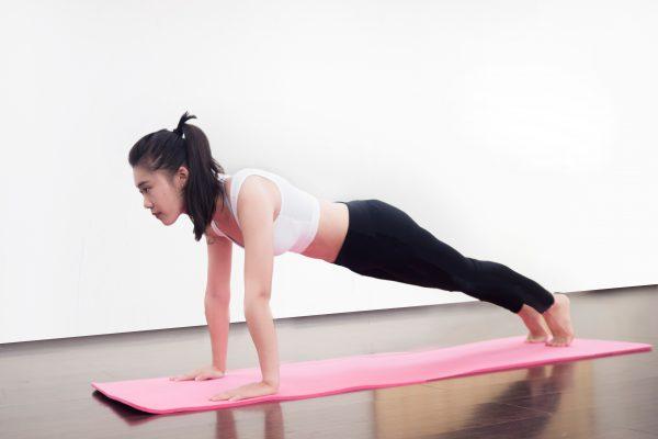5招瑜伽_助你輕鬆減肥瘦肚_(2).jpg
