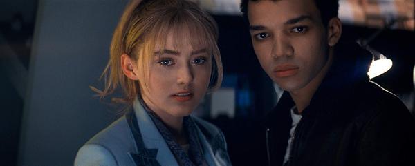 超大亮點!《名偵探皮卡丘》22歲美女主角「記者」露西 一雙水靈大眼讓她搜尋度暴增!_(6).jpg